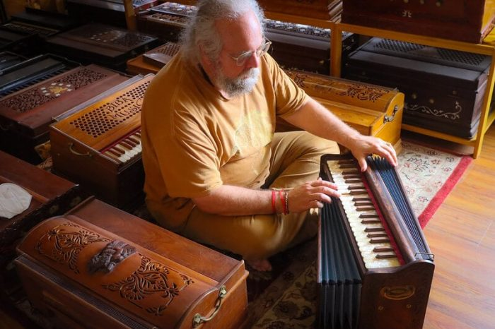 playing harmoniums
